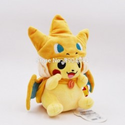 Peluche pikachu déguisé